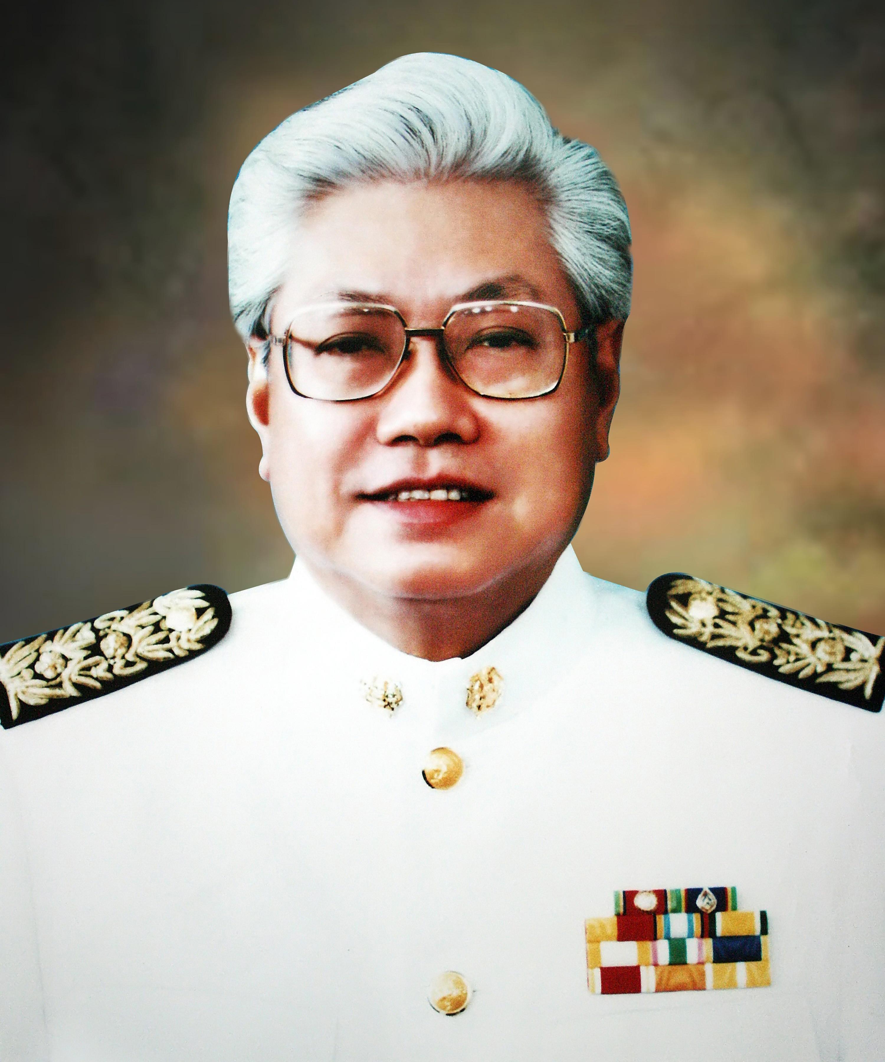 ดร.สม  จาตุศรีพิทักษ์